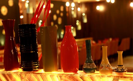 4.) RESTAURANTS & CAFES